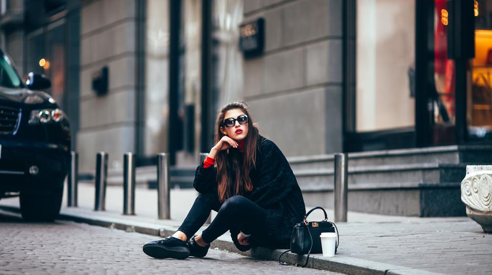 5 προτάσεις φθινοπωρινών outfits για να κάνεις άψογες εμφανίσεις.